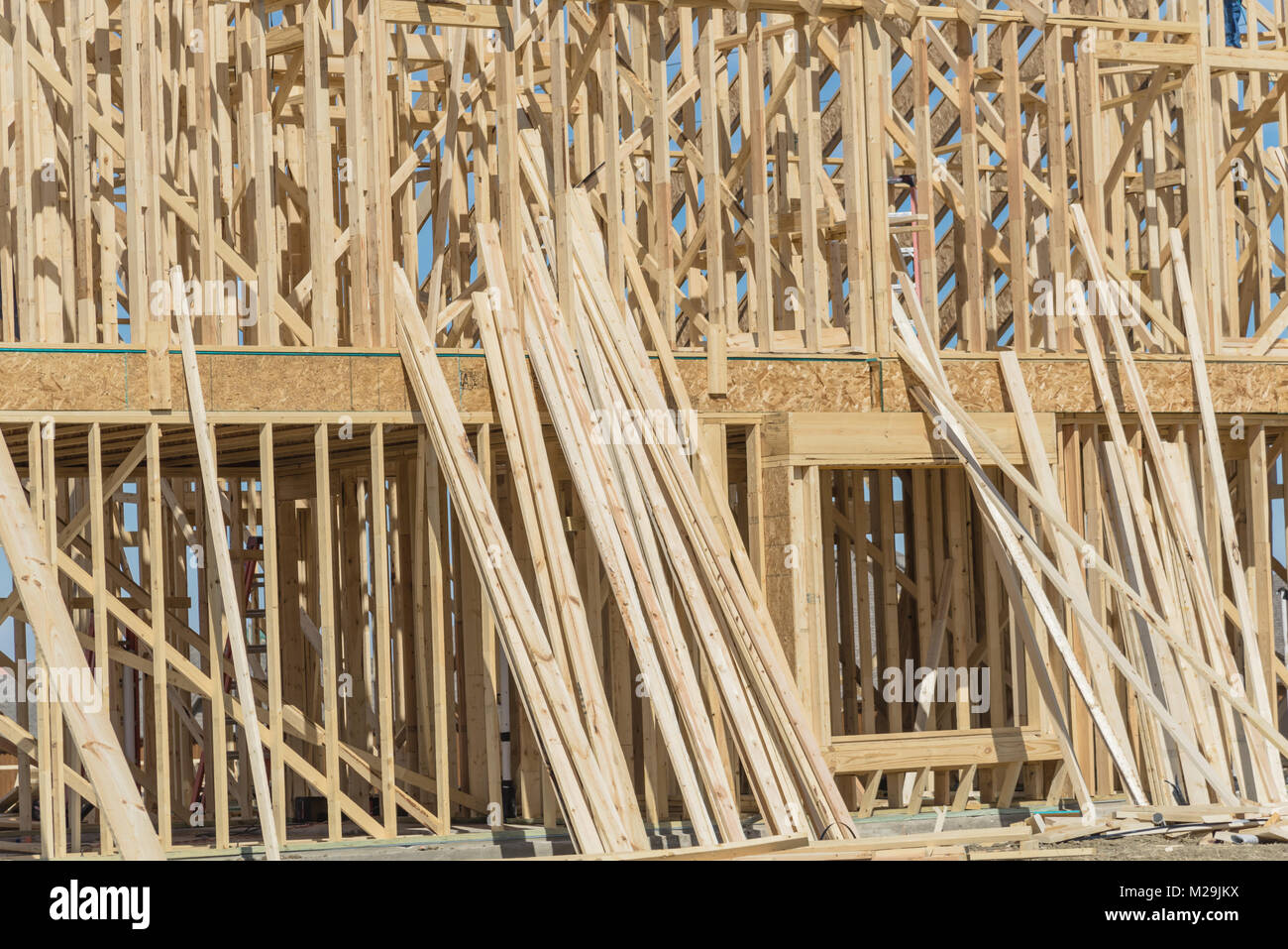 Close-up Holzrahmen Haus im Bau in Irving, Texas, USA. Obere ...