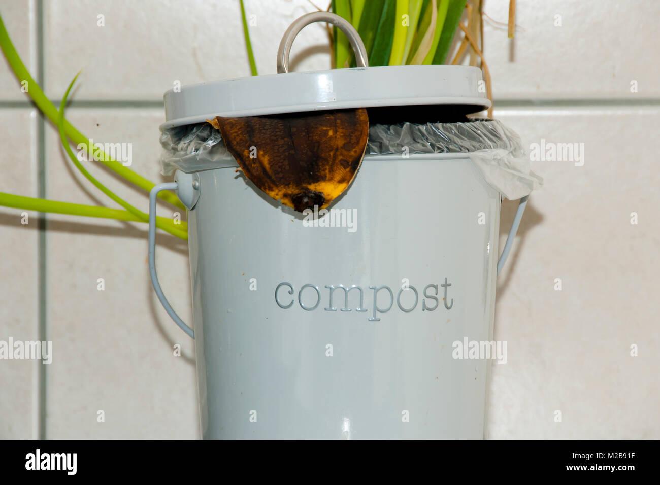 Küche Komposteimer Stockfoto, Bild: 173581563 - Alamy