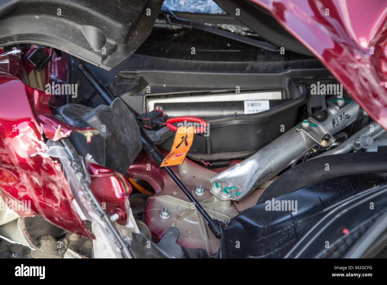 Ausgezeichnet Elektrofahrzeug Arbeiten Fotos - Elektrische ...