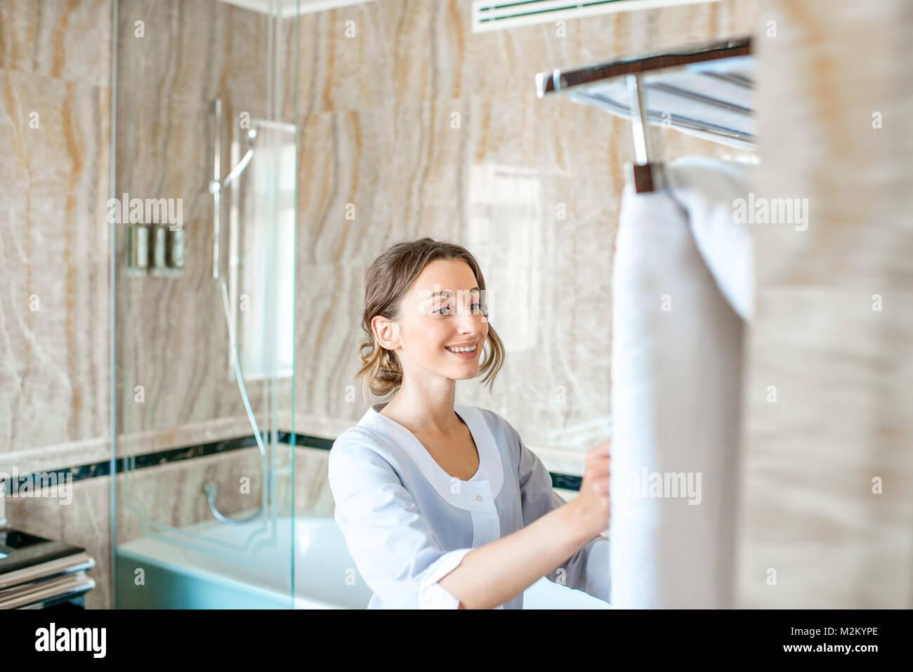 Zimmermädchen im Hotel Bad Stockfoto