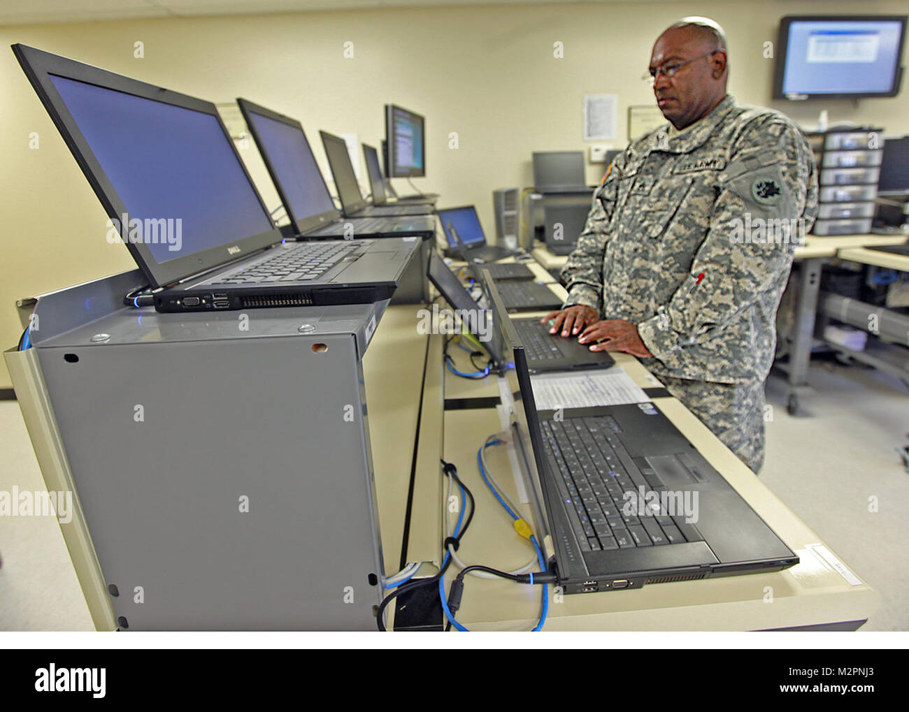National Guard Computer Imaging Techniker durch Georgia National Guard Stockbild