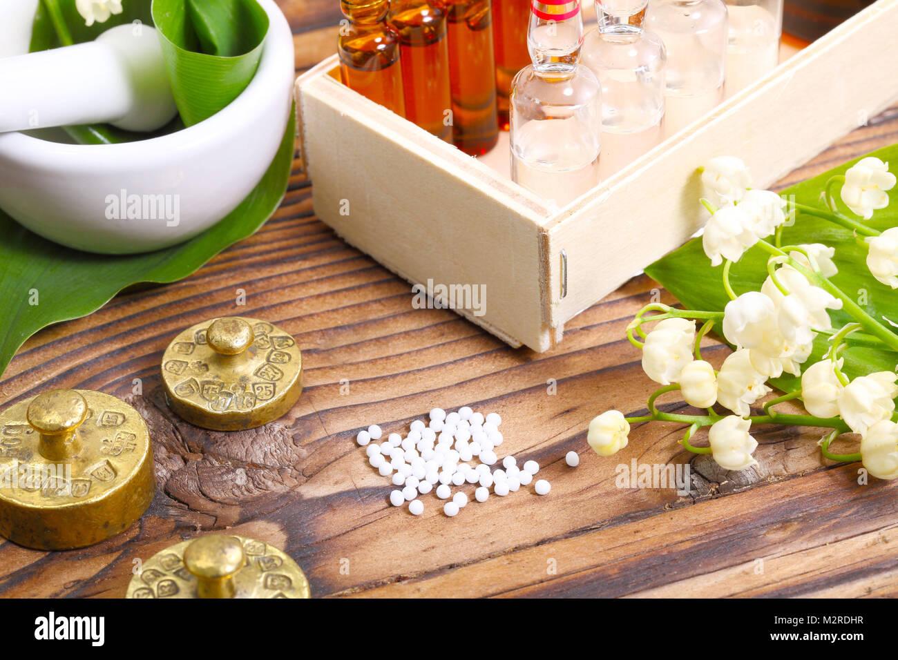 Maiglöckchen, Essenz, Globuli Stockbild