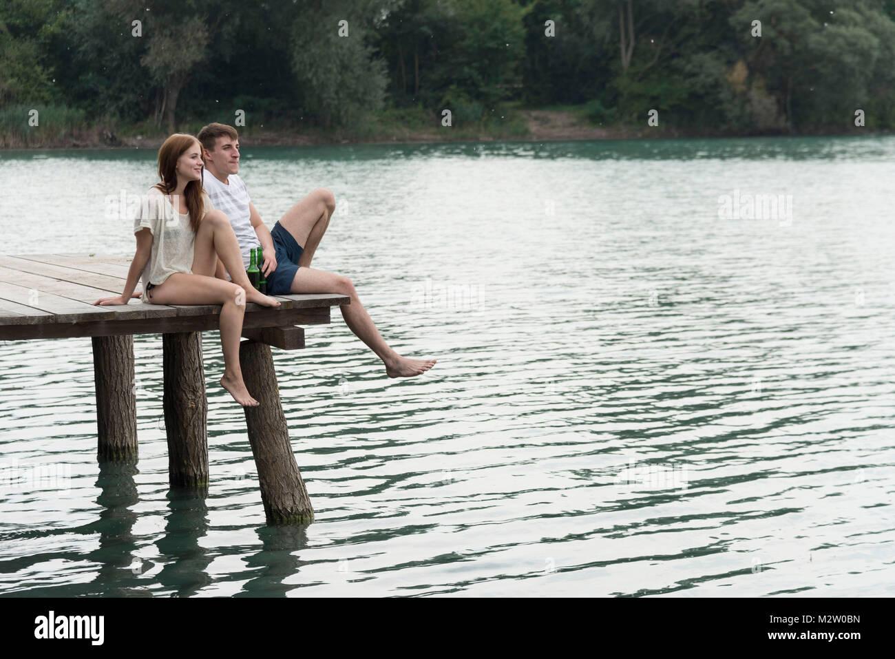 Paar In Liebe Auf Dem Baggersee Liedolsheim Dettenheim Baden
