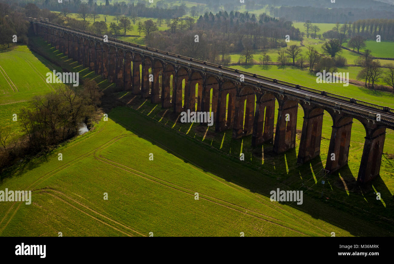 Ouse Tal Viadukt, Sussex, UK Luftaufnahme Stockbild