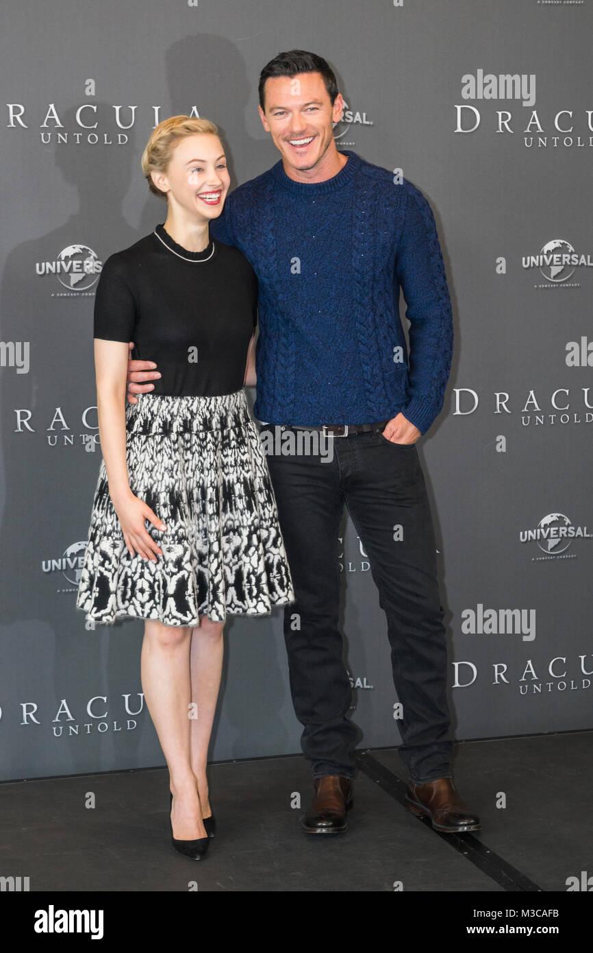 Luke Evans Und Sarah Gadon Beim Fotoshooting Zum Kinostart Von