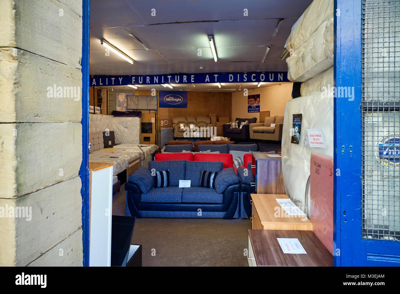 965f54cb8ea3db Schauen innerhalb der alten Einrichtung shop in Lancaster Stockbild