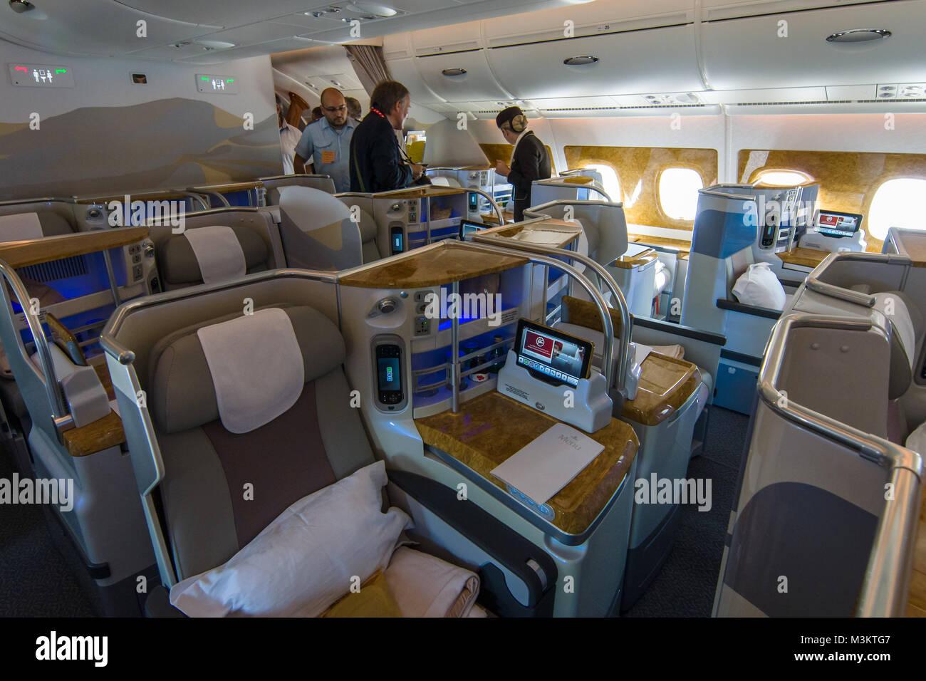 A380 interior stockfotos a380 interior bilder seite 2 for Airbus a380 photos interieur