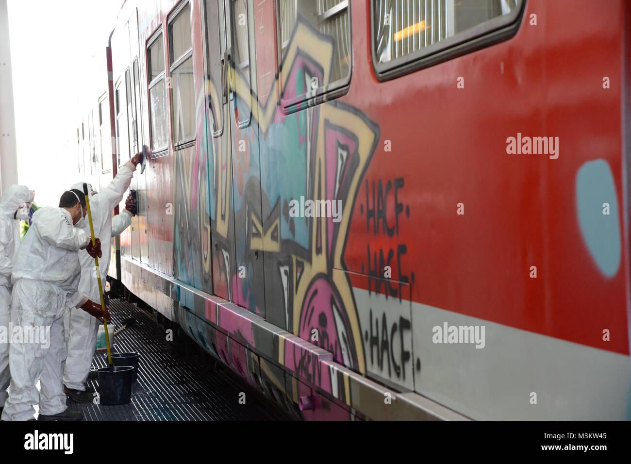 Die Deutsche Bahn hat am Standort in Köln Nippes eine neue Anlage ...