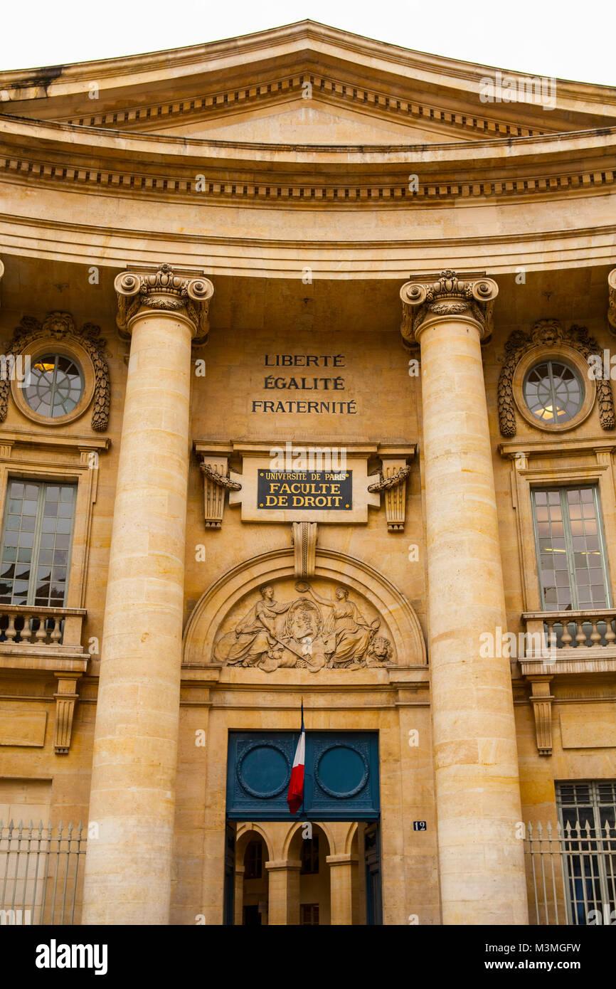 PARIS, Frankreich, 10. Juli 2014: Die Universität von Paris, Sorbonne, berühmten Universität in Paris, Stockbild