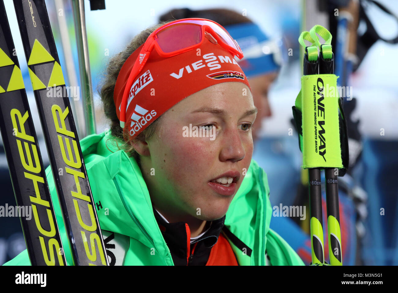 Laura Dahlmeier (SC Partenkirchen), nachdenklich/grübelnd/gruebelnd, Weltcup Ruhpolding 2017 - Verfolgung Frauen Stockbild