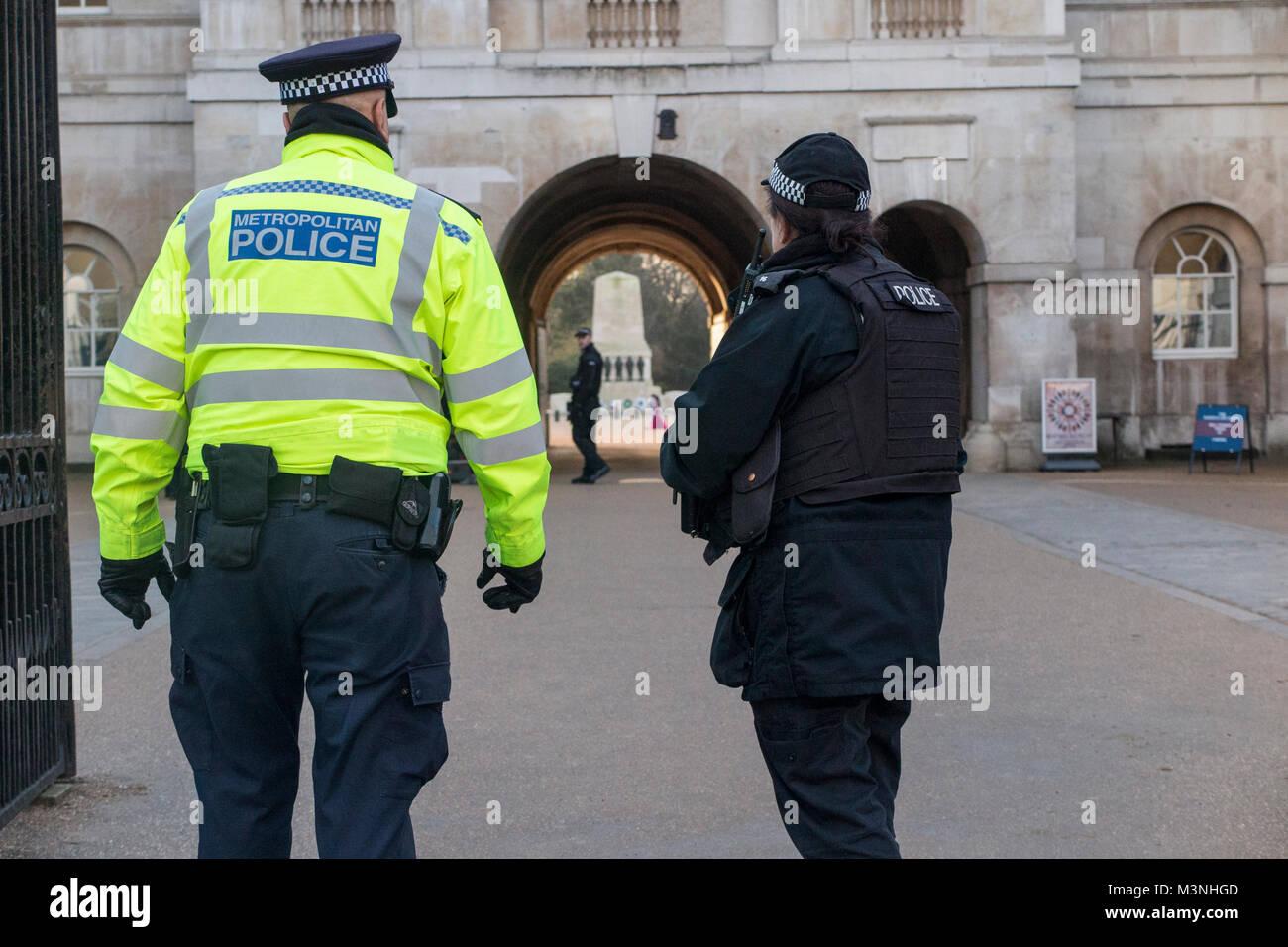 Polizei datiert Dienst