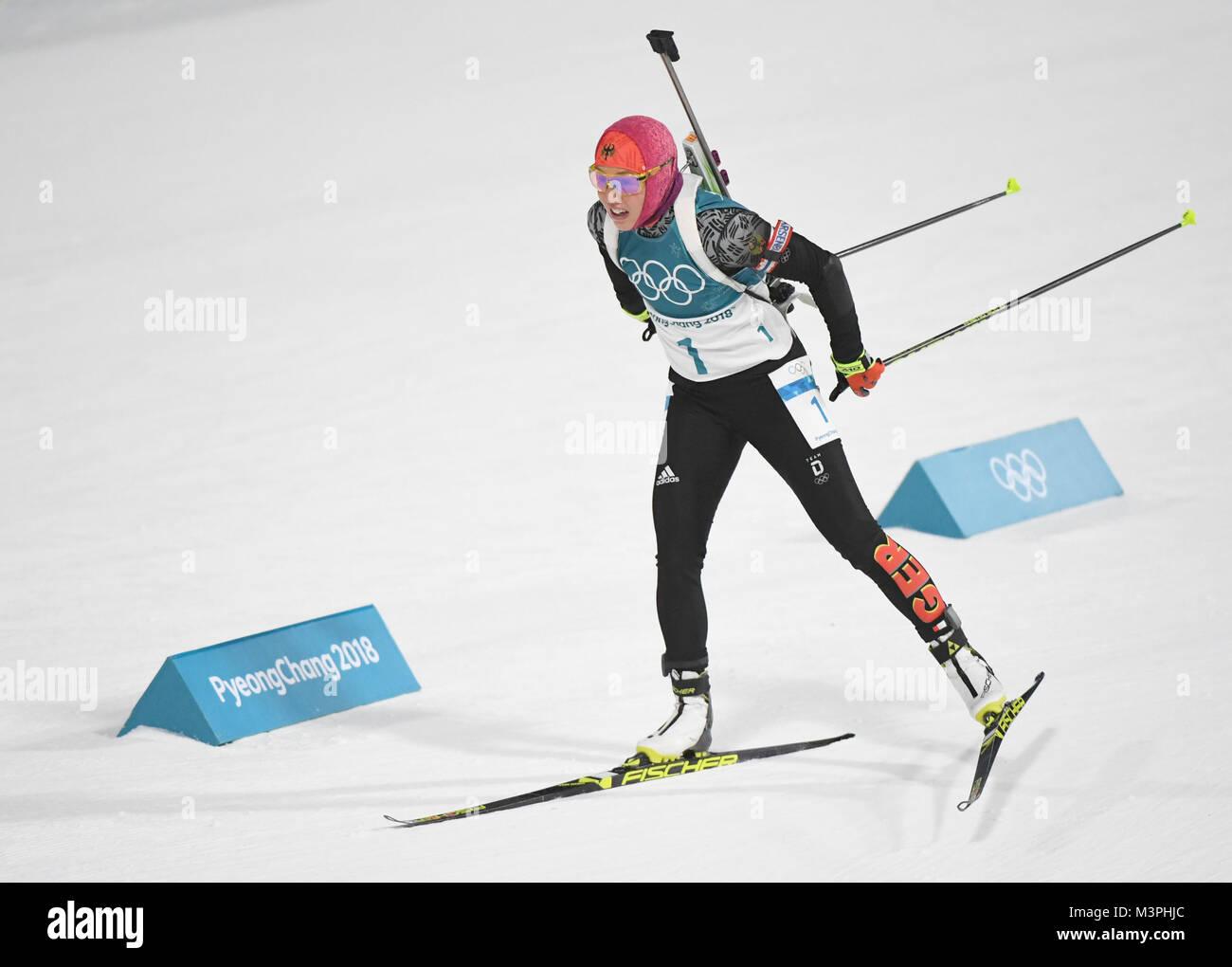 Pyeongchang, Südkorea. 12 Feb, 2018. In Deutschland Laura Dahlmeier konkurriert während der Frauen 10 Stockbild