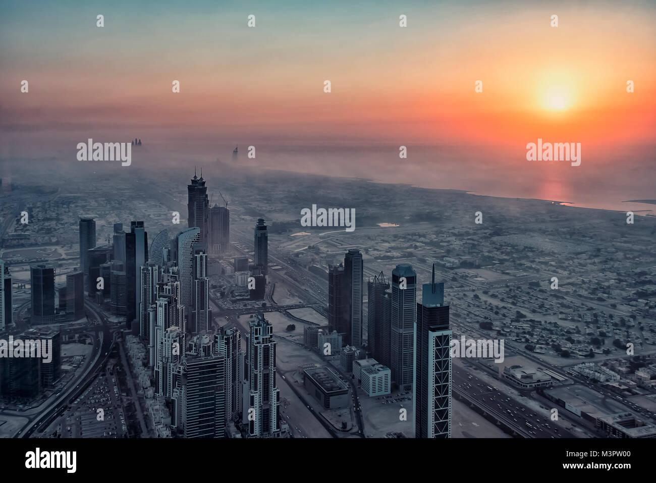 Dubai Stadt bei Sonnenuntergang, VAE Stockbild