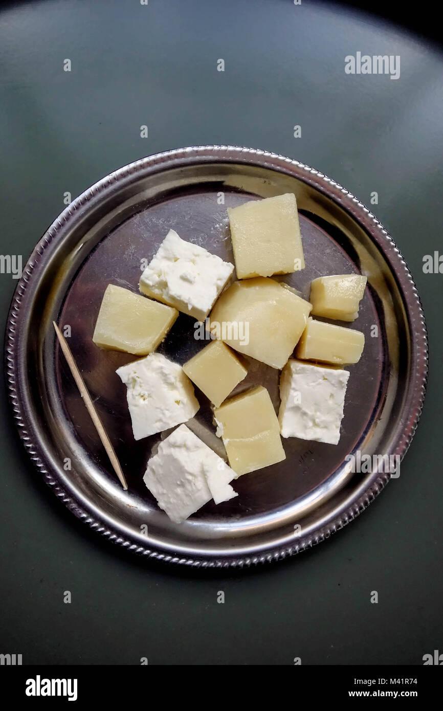 Einfacher Käse Meze, Feta und Graviera, Kreta, Griechenland Stockbild