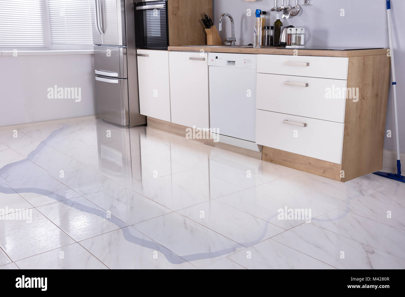Floor Damage Stockfotos & Floor Damage Bilder - Alamy