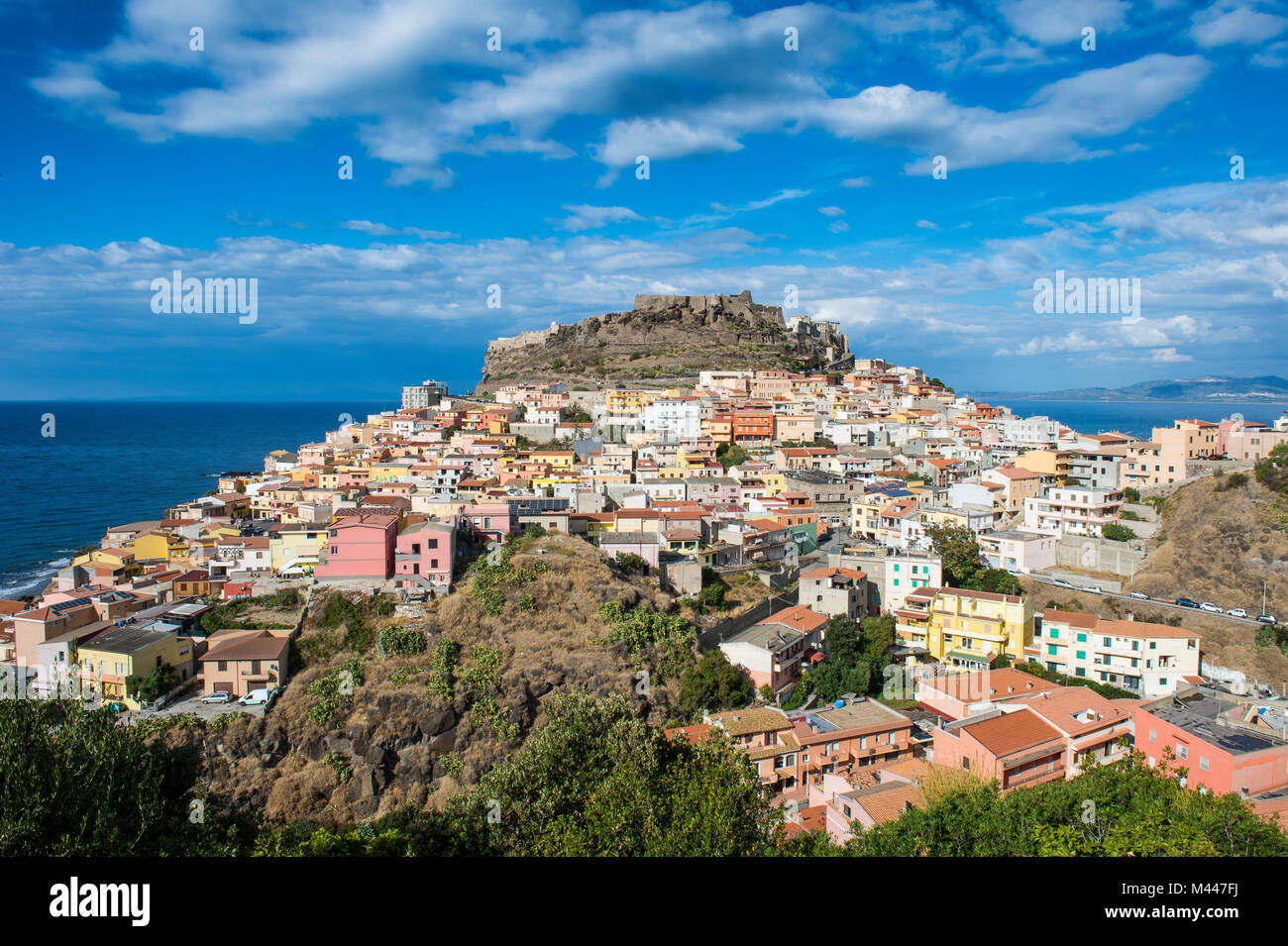 Blicken Sie über Castelsardo, Sardinien, Italien Stockbild