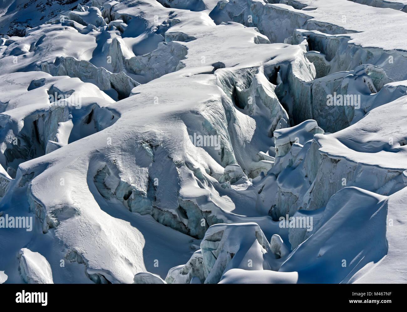 Spalten der Feegletscher Gletscher, Saas-Fee, Wallis, Schweiz Stockbild