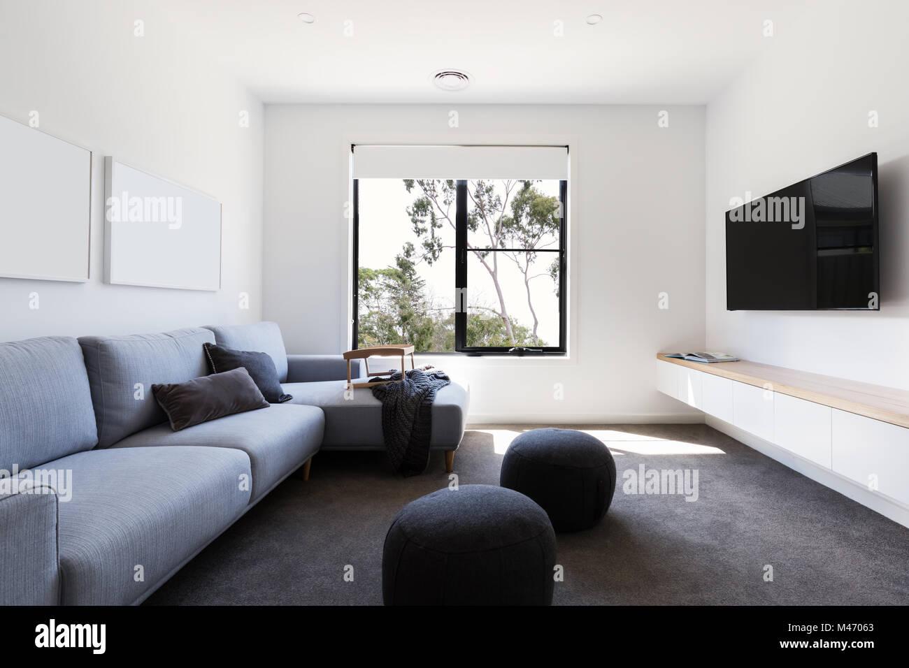 Modern Living tv Zimmer in einem zeitgenössischen Home Stockfoto ...