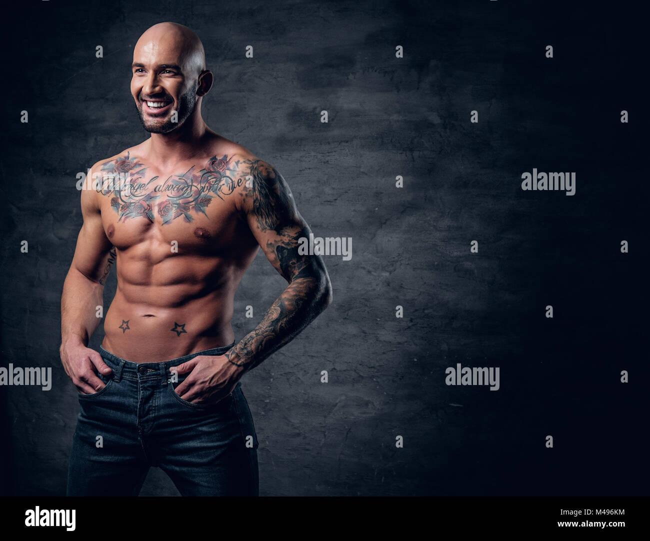 Männer mit tattoos muskulöse Erstaunliche Wassermann