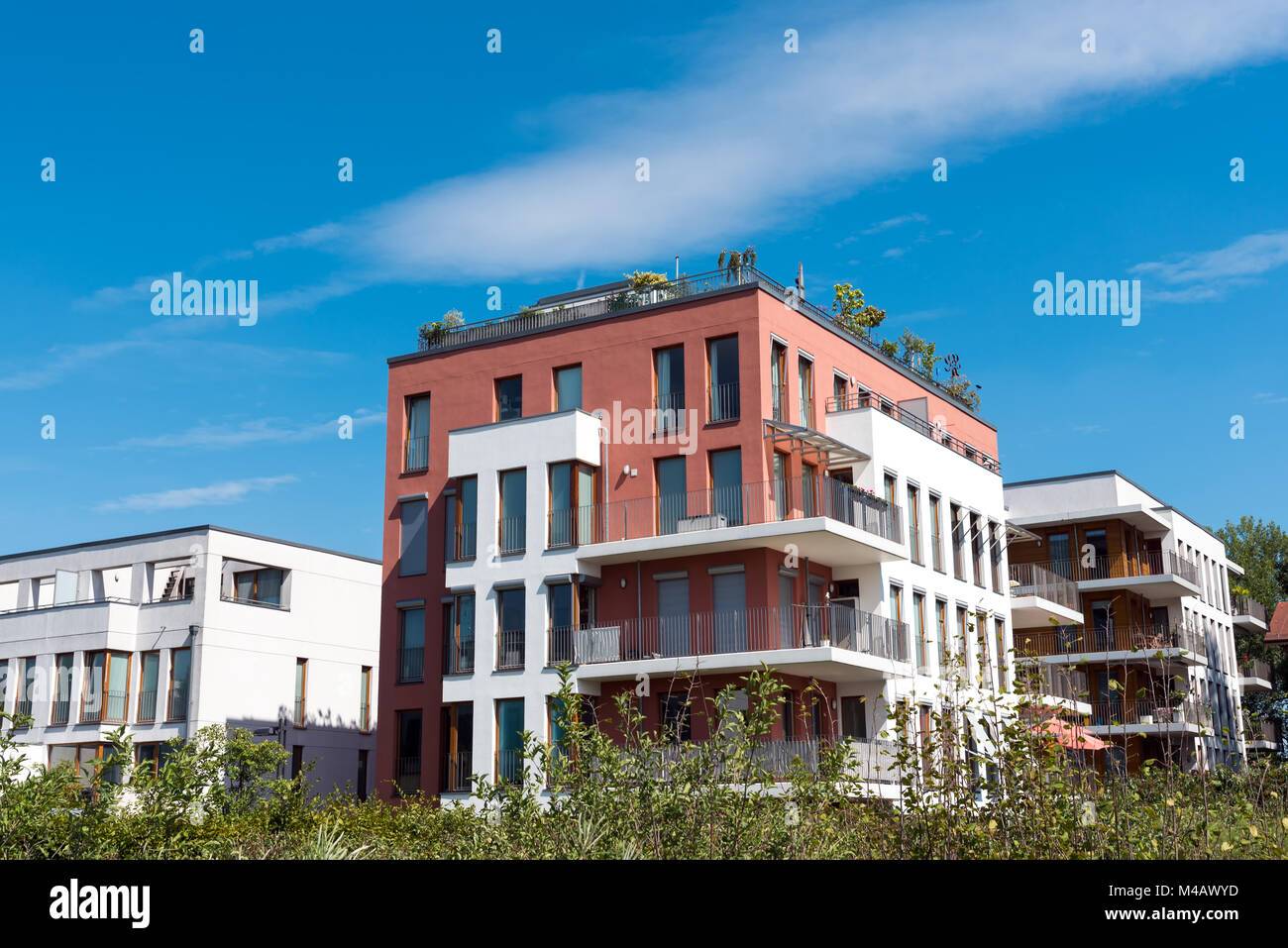moderne stadth user gesehen in berlin deutschland stockfoto bild 174802193 alamy. Black Bedroom Furniture Sets. Home Design Ideas