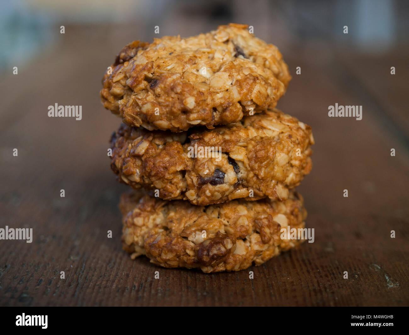 Nahaufnahme von zu Hause aus Hafer Kekse. Natürliche Hintergrund. Stockbild