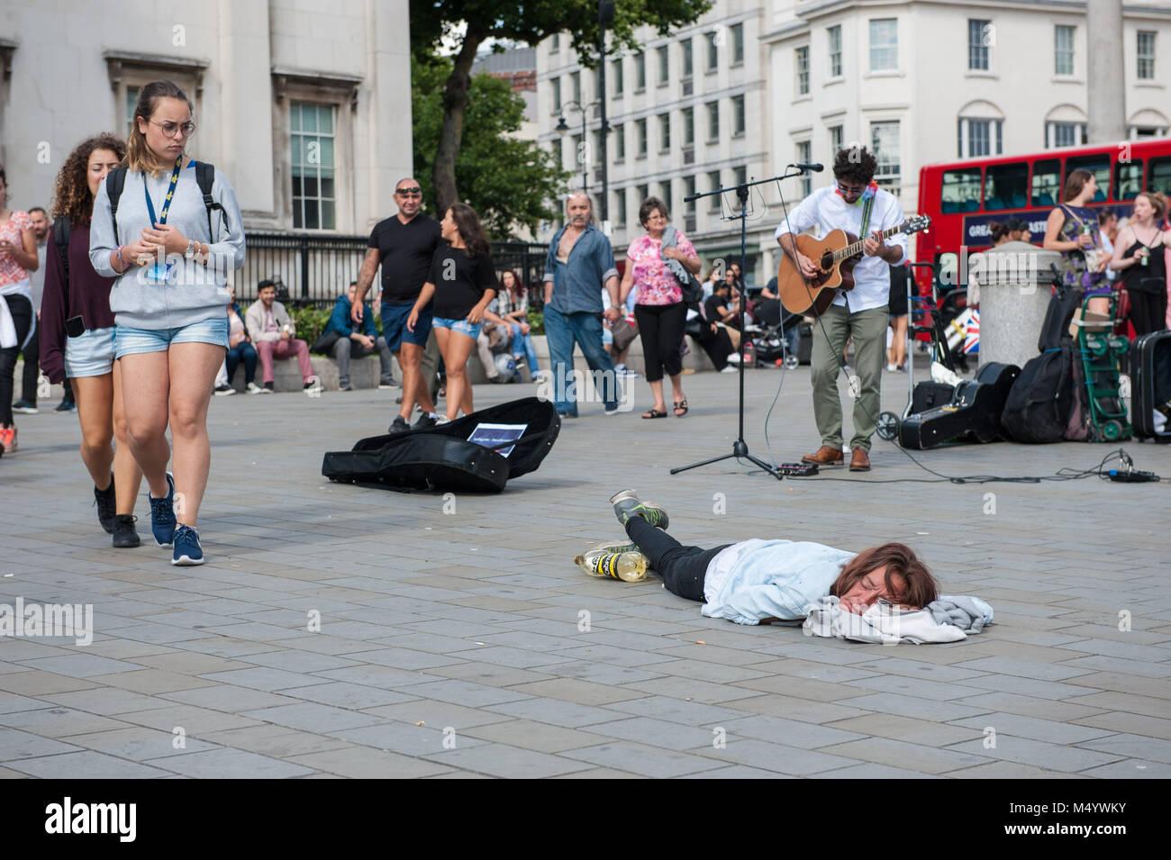 London betrunkene Mädchen