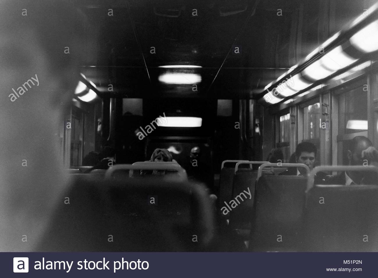 In einem städtischen Eisenbahn Stockbild