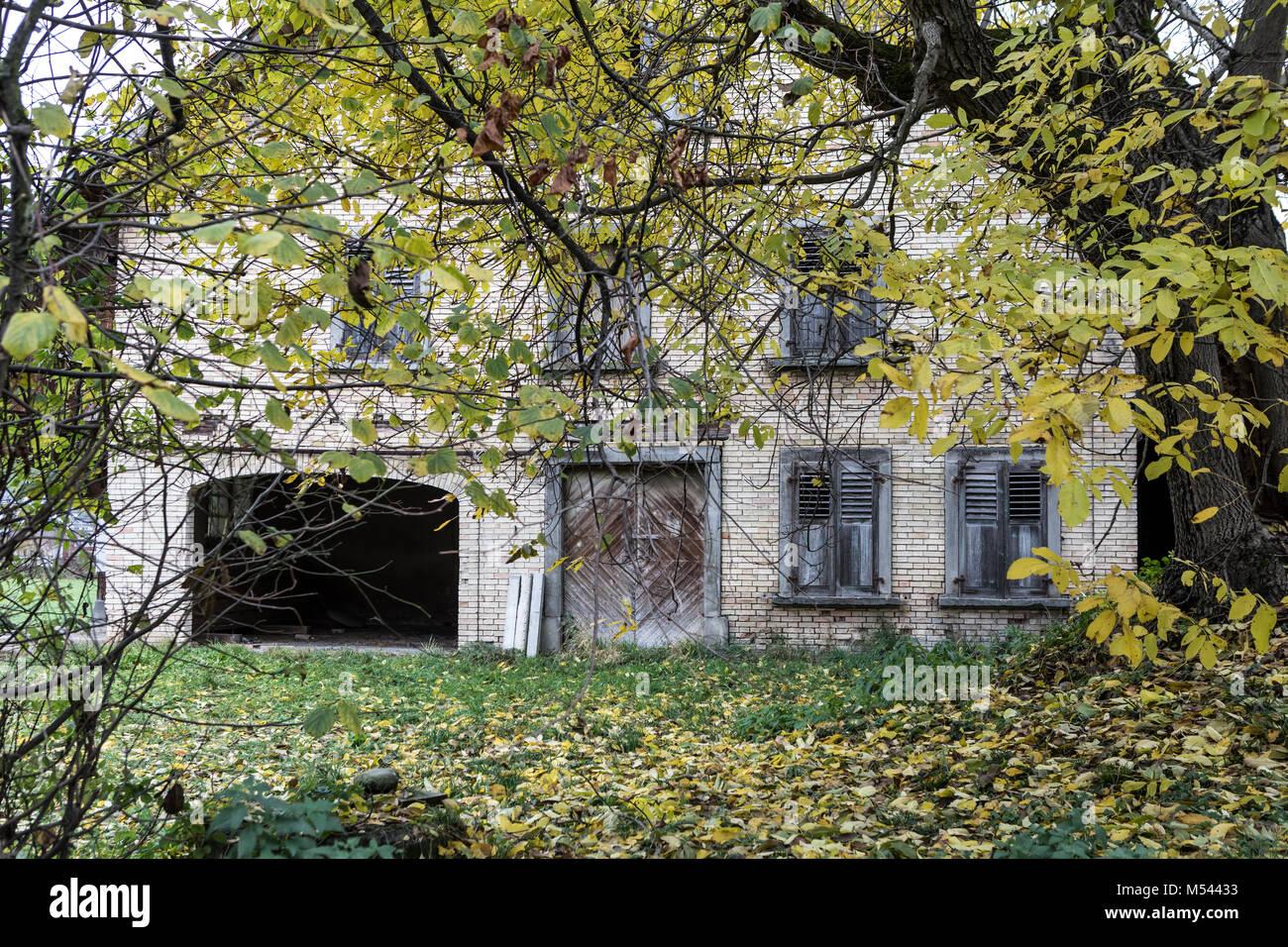 Verlassenen Hof - verlorene Ort Stockbild