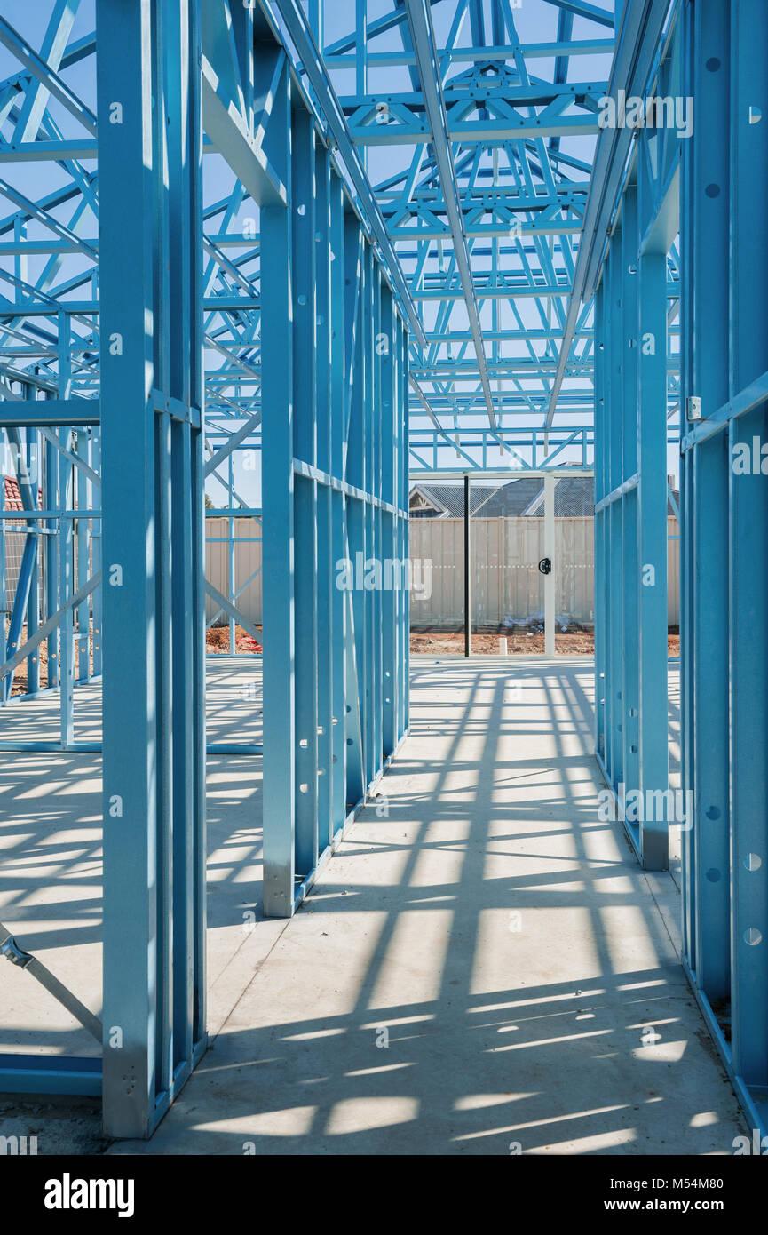 Metal Framing Stockfotos & Metal Framing Bilder - Alamy