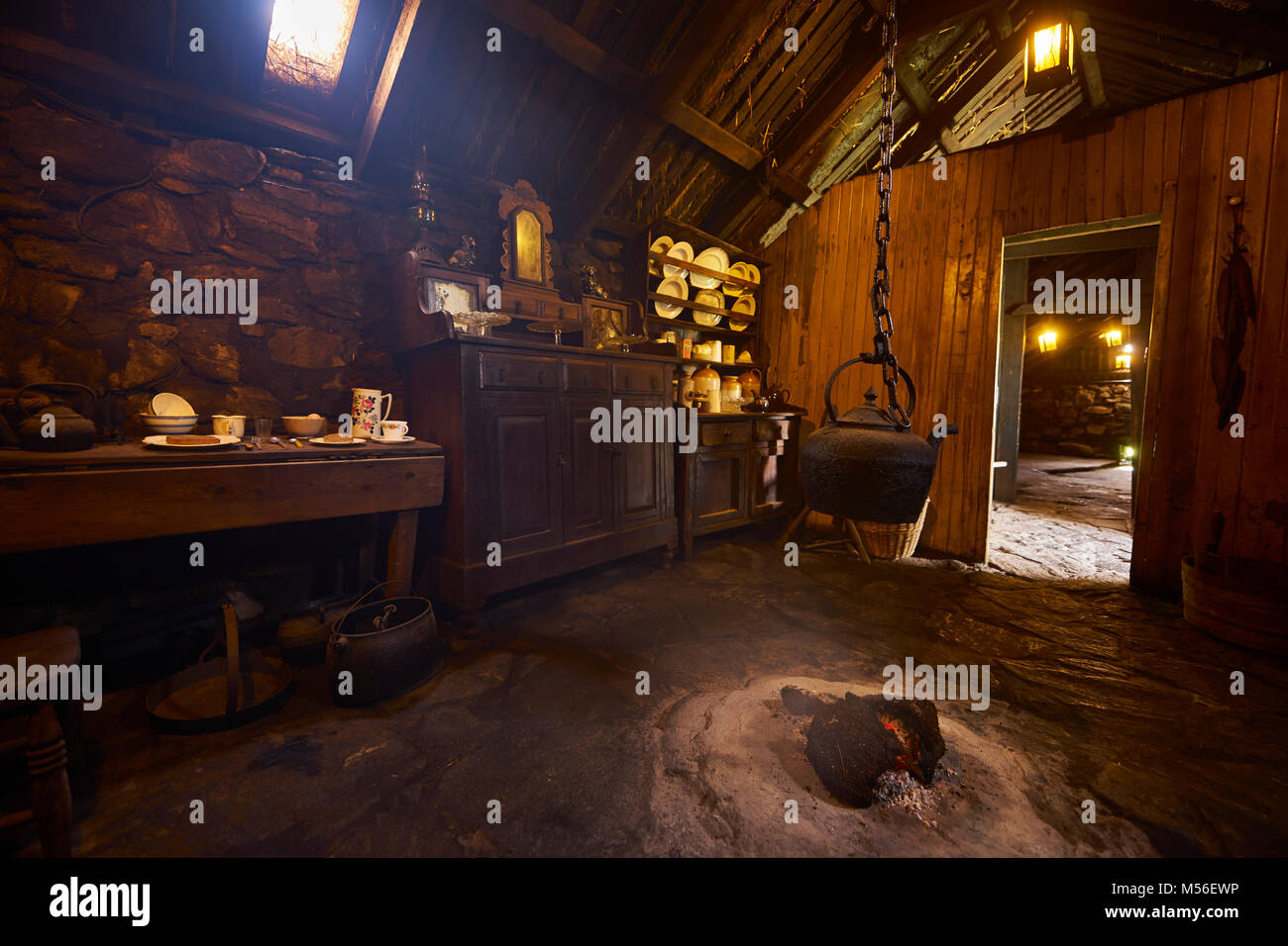 Thatched Fire Stockfotos & Thatched Fire Bilder - Alamy
