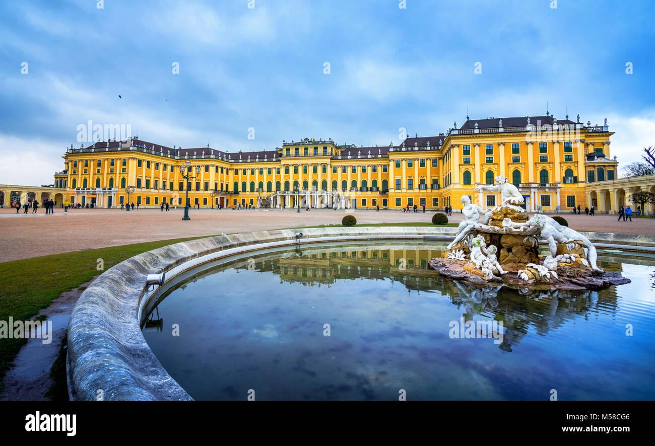 Schloss Schönbrunn, kaiserliche Sommerresidenz in Wien, Österreich Stockbild