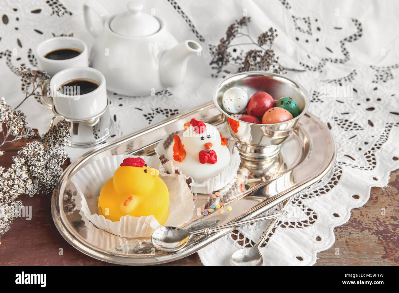 marzipan figures stockfotos marzipan figures bilder alamy. Black Bedroom Furniture Sets. Home Design Ideas