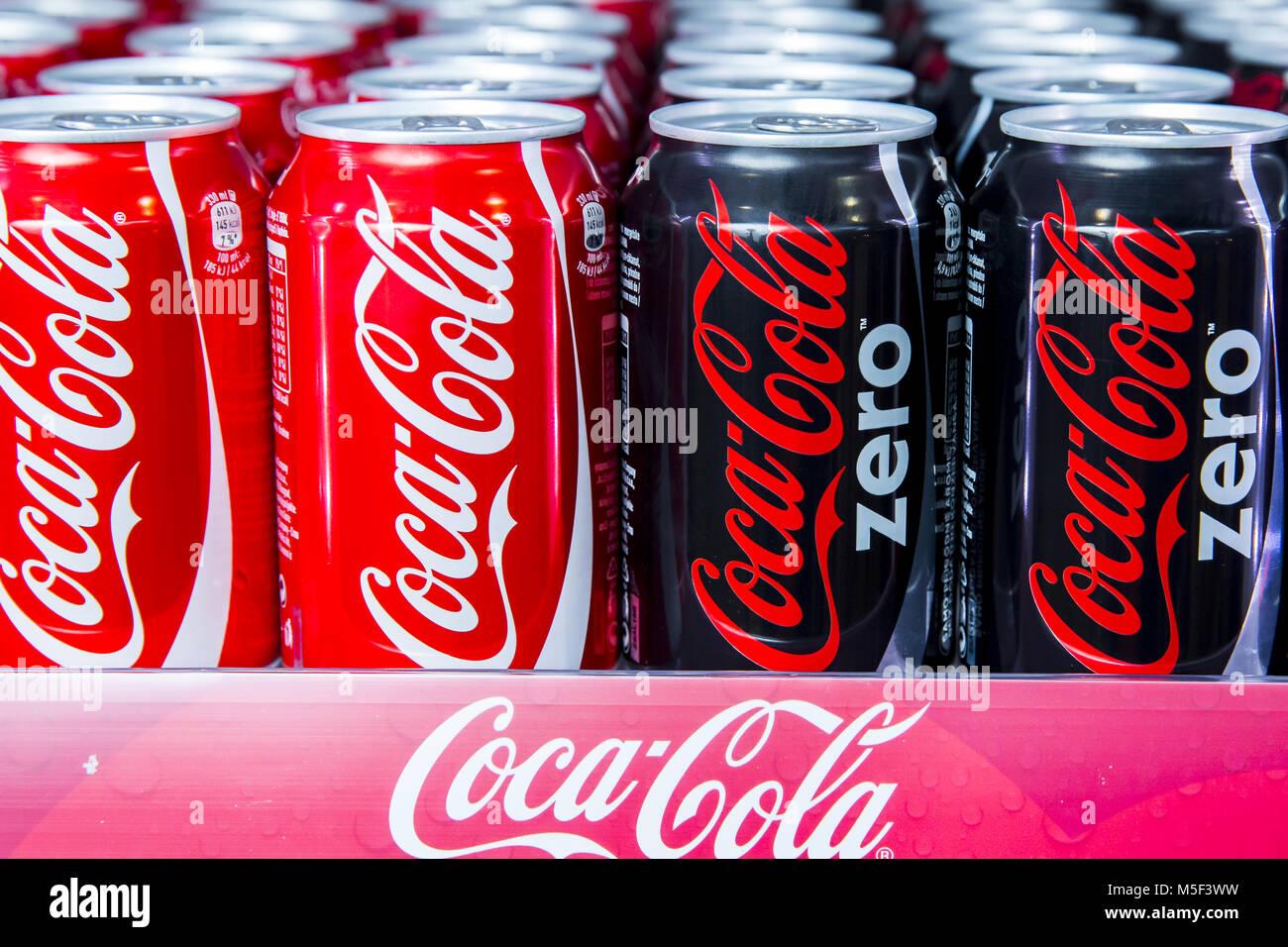 Amerikanischer Kühlschrank Coca Cola : Coca cola company stockfotos coca cola company bilder seite