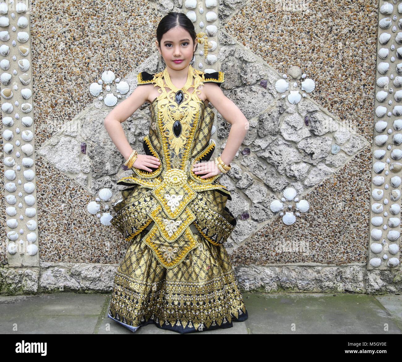 London, 23. Februar 2018 thailändische Designer Bio Chirawan Lewis ...
