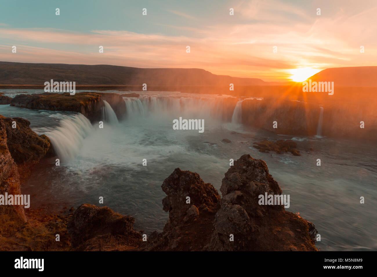 Godafoss Wasserfall und Landschaft, Island, Europa Stockbild