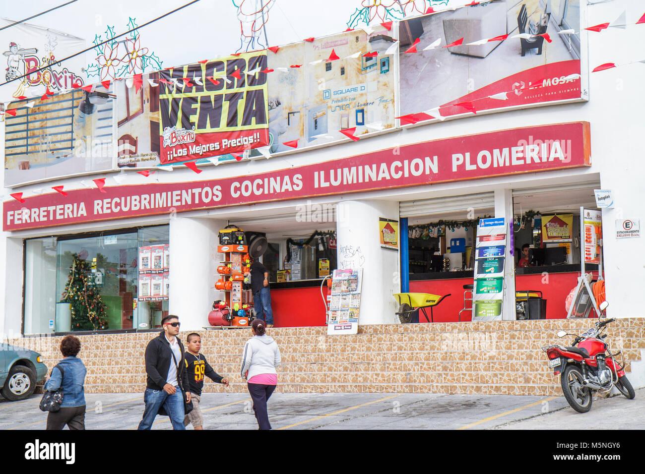 Cancun Mexiko Yucatán Halbinsel Quintana Roo Avenida Tulum Geschäft Baumarkt Umbau Sanitär Beleuchtung Küche zu Stockfoto