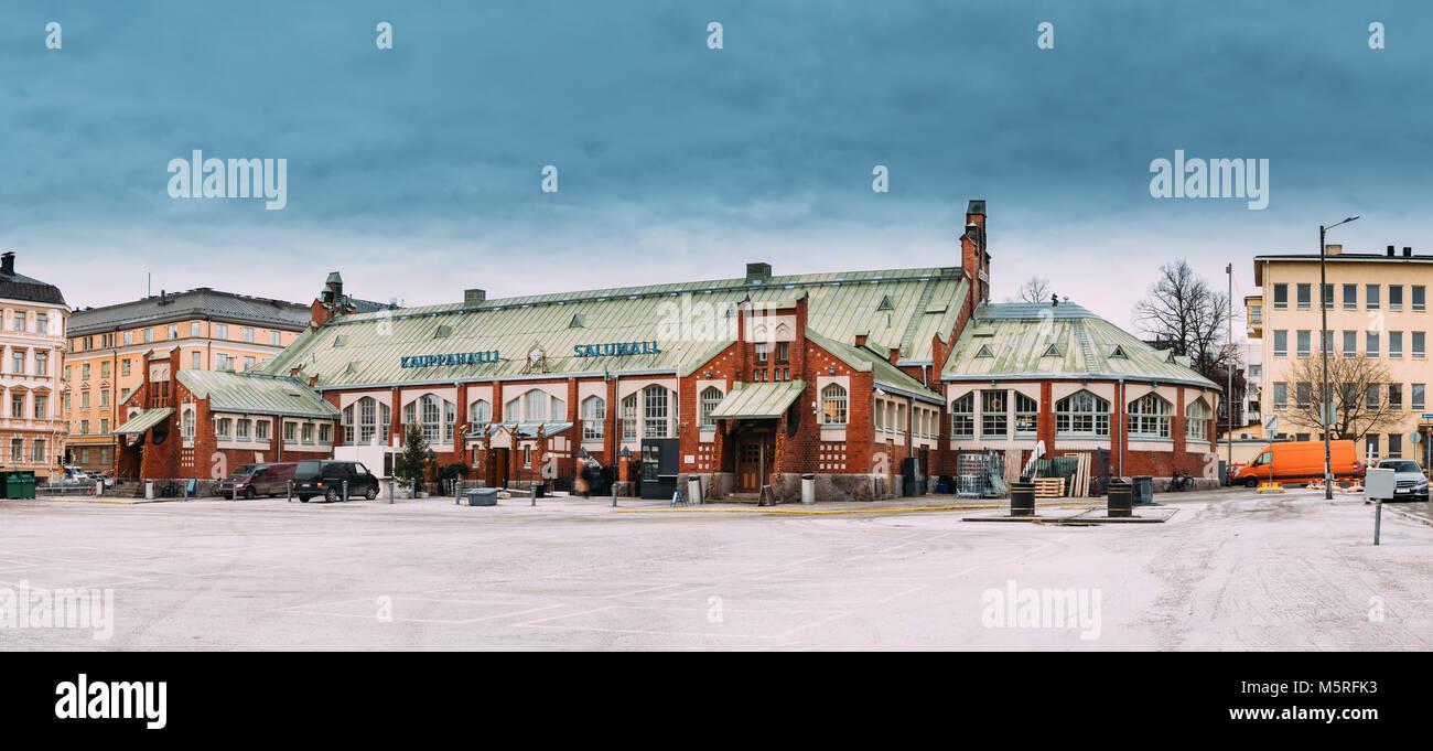 Helsinki, Finnland. Panorama der Hietalahti Markthalle in der Alten Halle von Hietalahdentie in Helsinki und beinhalten Stockbild
