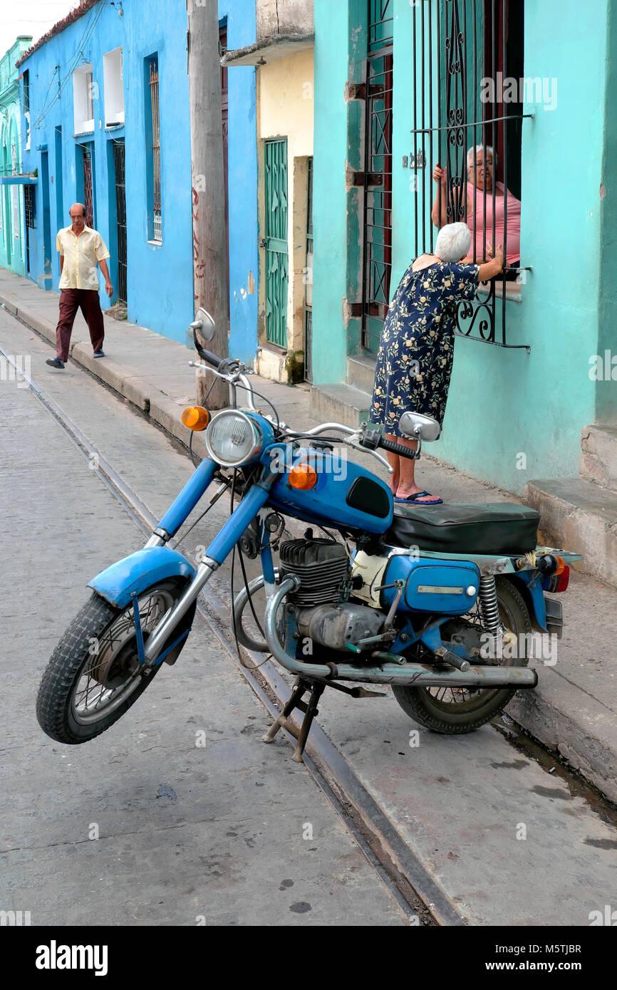 Frauen mit motorrad kennenlernen