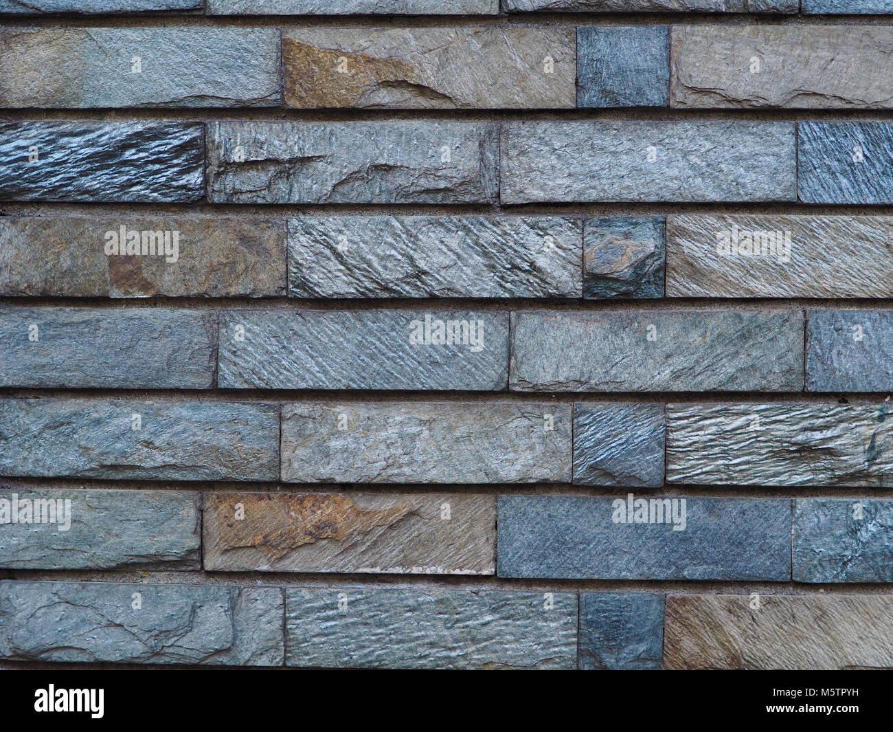 Schiefer Fliesen Mauerwerk Hintergrund Foto. Rough Cut Texturierte Schiefer  Ziegel Geformt Fliesen. Natürliche Blau, Schwarz, Grau, Braun Farben