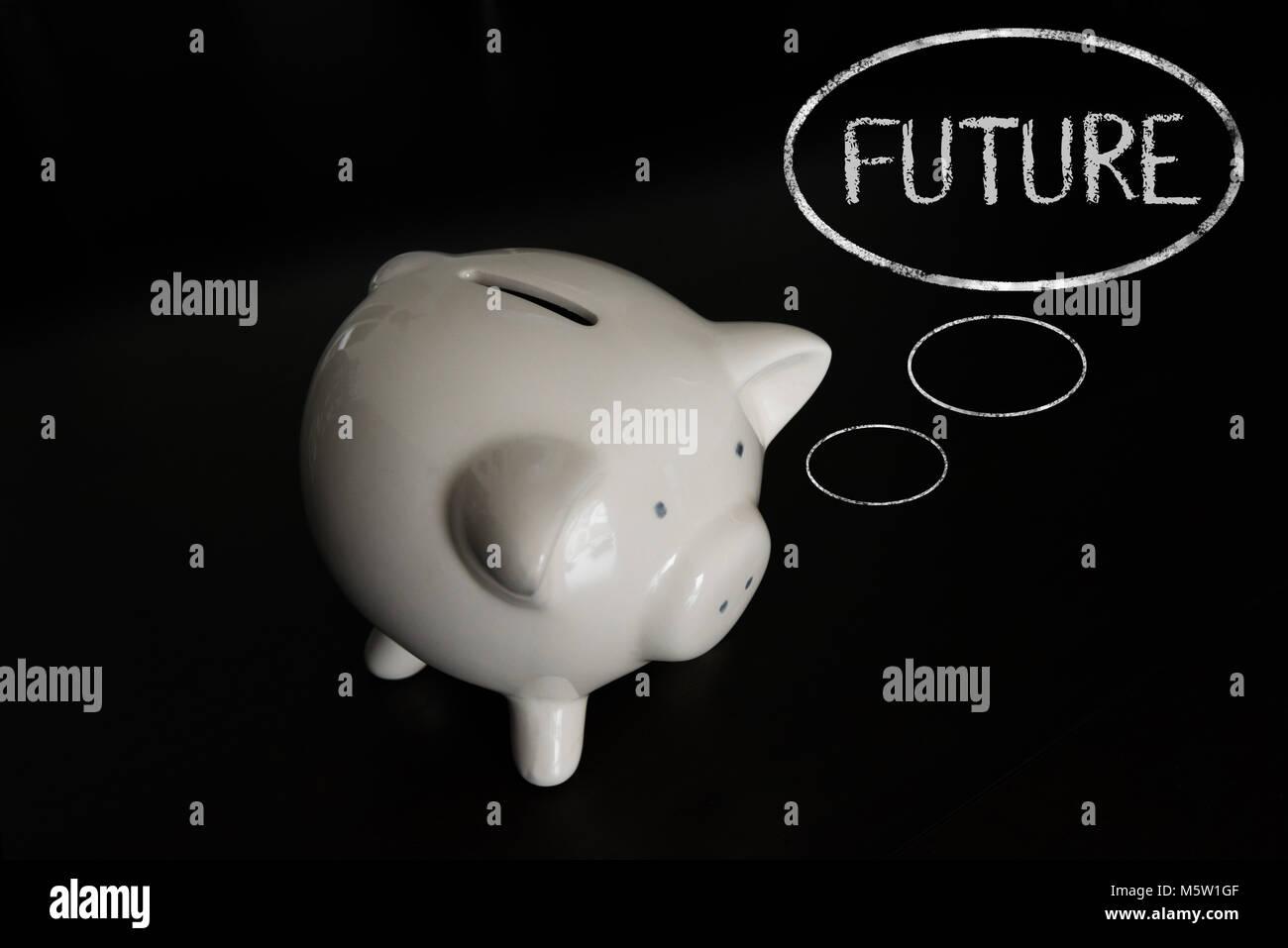 Sparschwein mit Gedankenblasen, denken Zukunft Stockbild