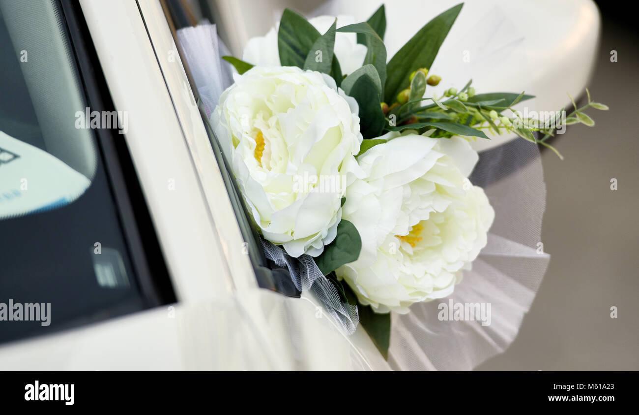 Blumen Hochzeit Dekoration Hochzeit Auto Stockfoto Bild 175821467
