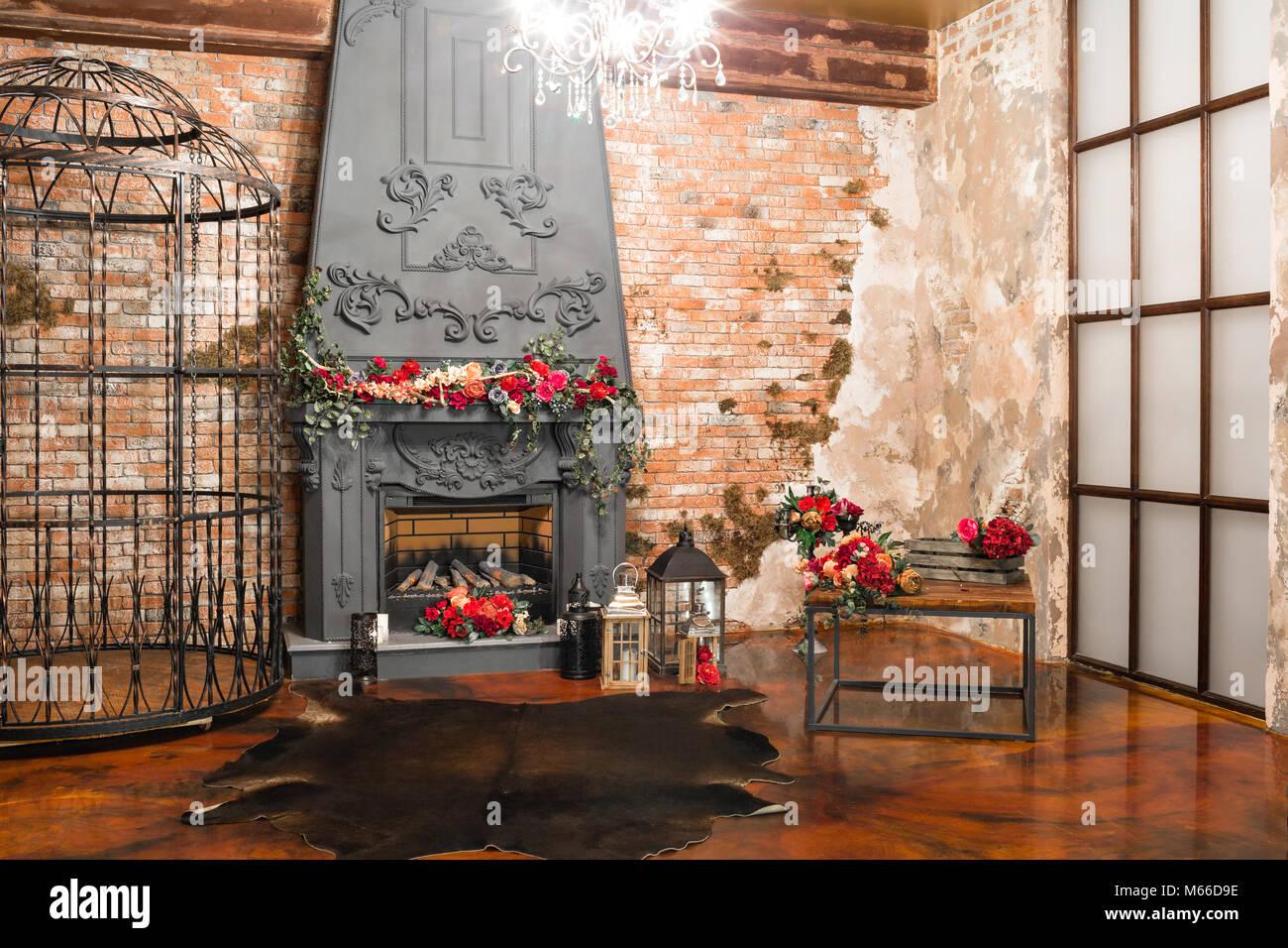 Kronleuchter Metall Für Kerzen ~ Interieur mit einem kamin kerzen haut der kühe mauer große