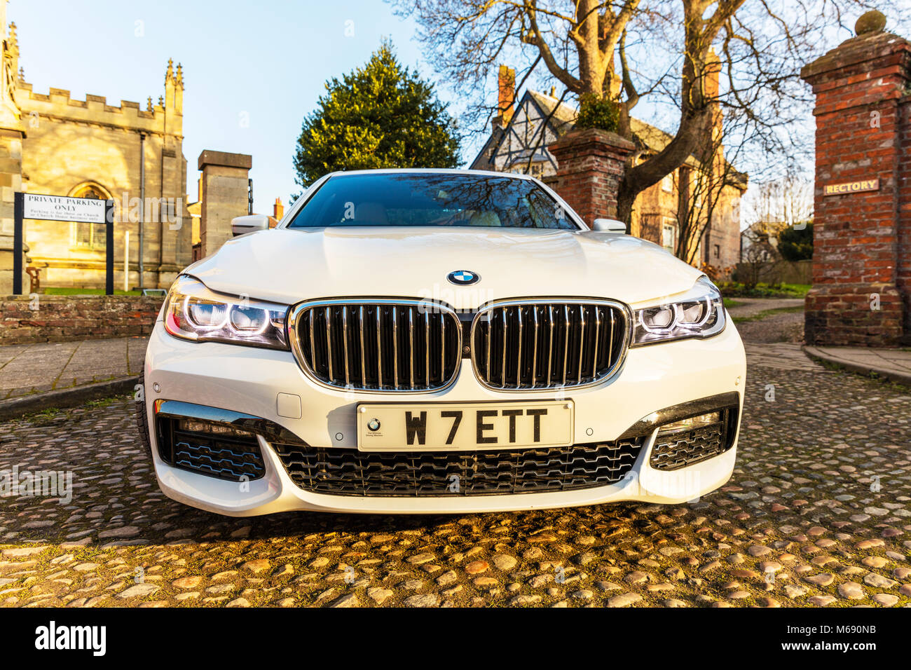 Weisses Bmw Auto Stockfotos Weisses Bmw Auto Bilder Alamy