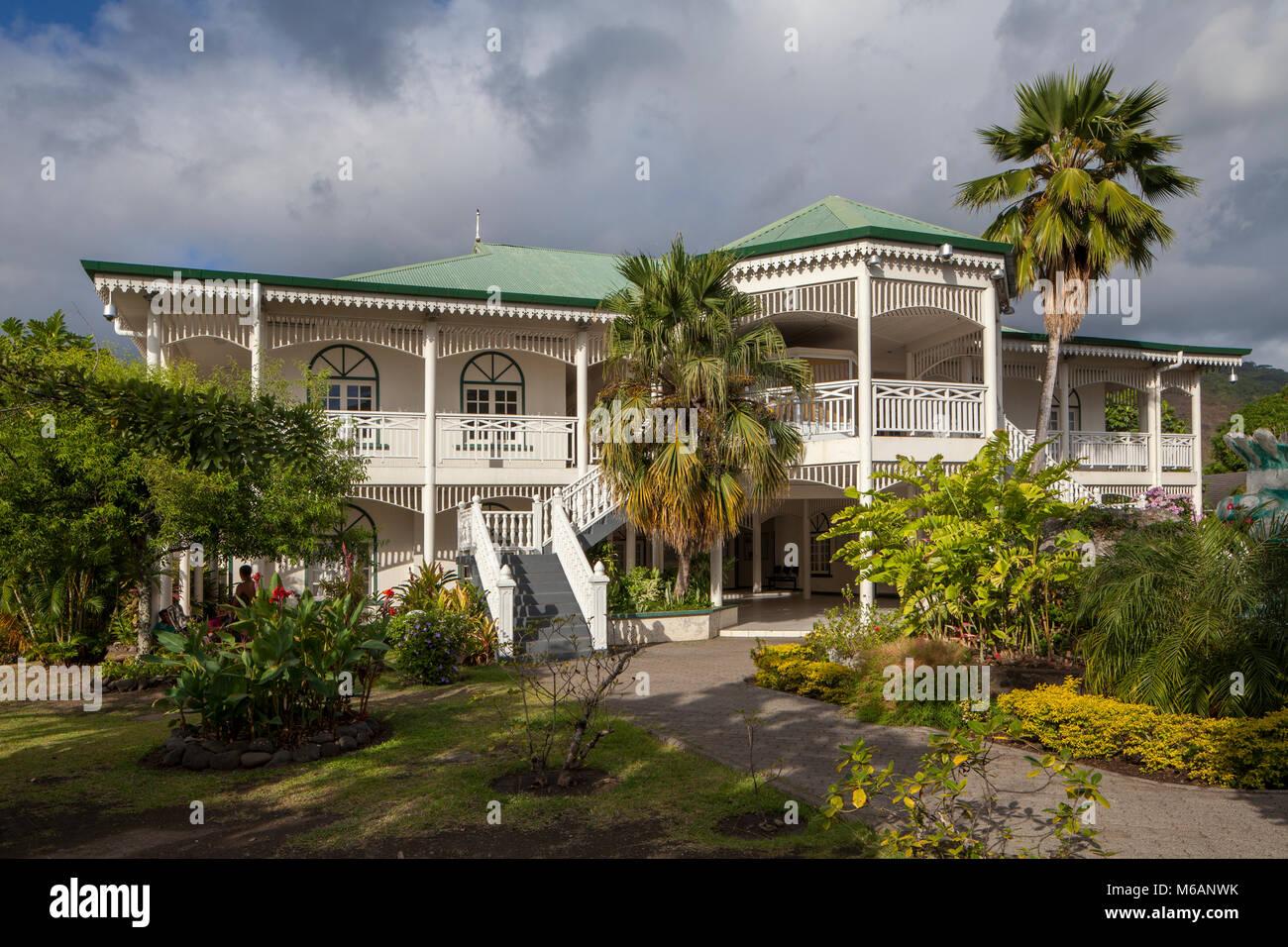 Das Weiße Haus aus der Kolonialzeit, Tahiti, Französisch-Polynesien Stockbild