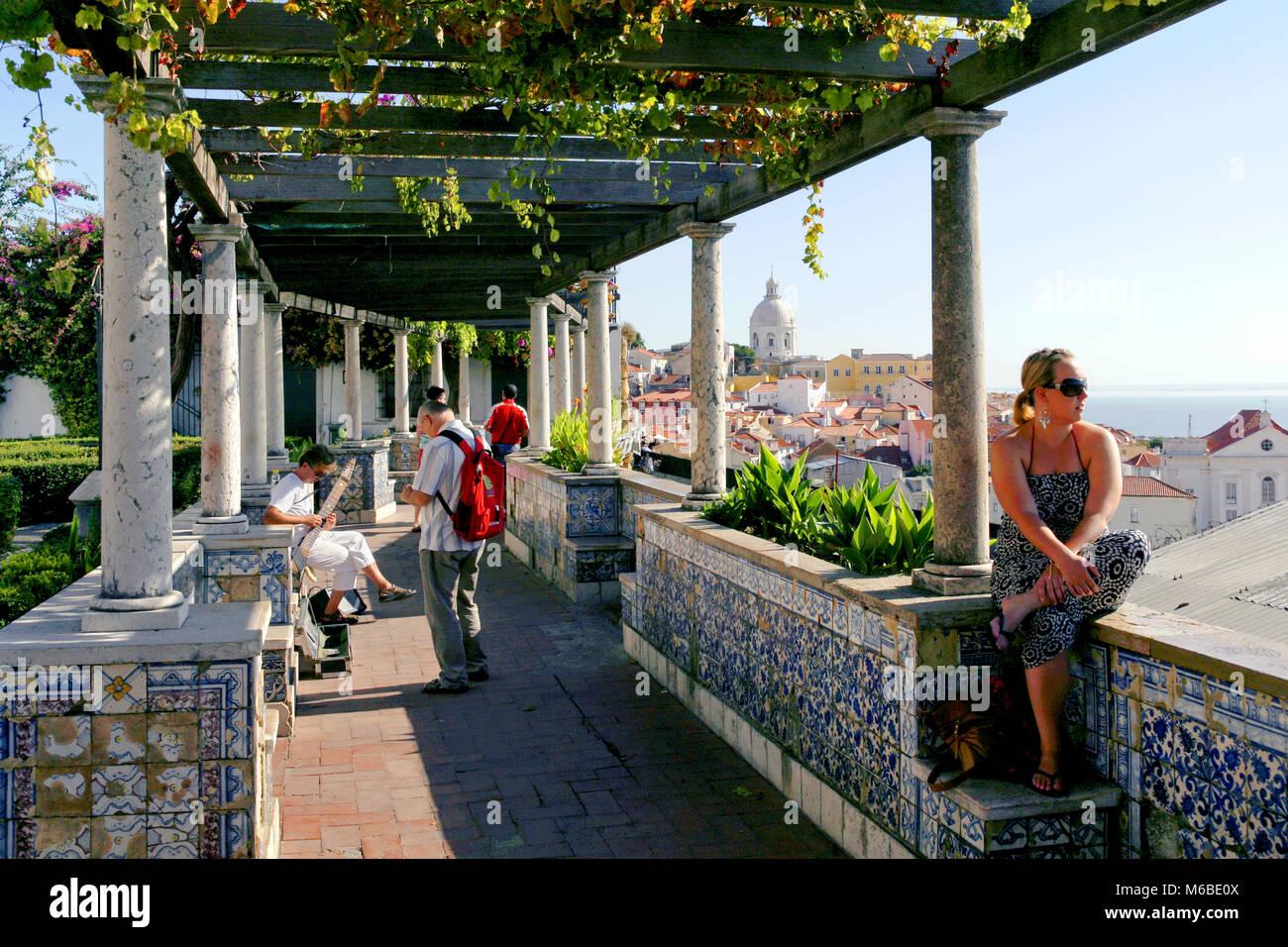 Santa Luzia Aussichtspunkt Miradouro de Santa Luzia, Lissabon, Portugal Stockbild