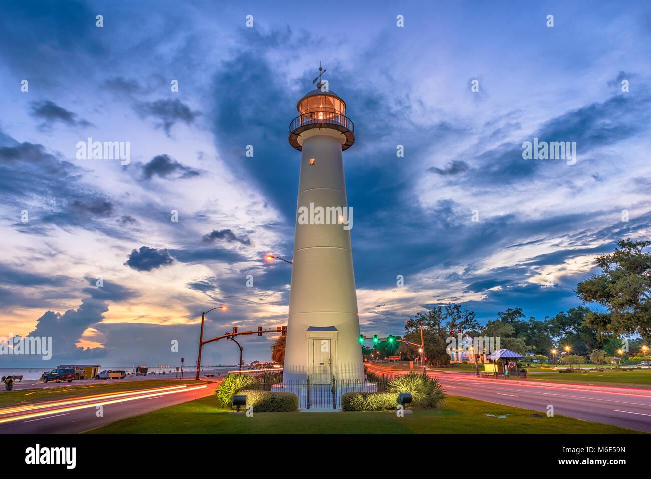 Biloxi, Mississippi, USA Leuchtturm in der Dämmerung. Stockbild