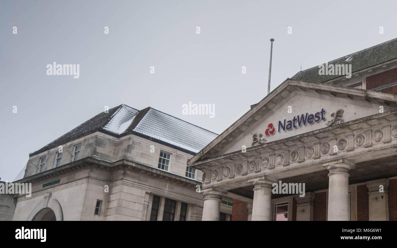 COVENTRY, England, Großbritannien - 3. März 2018: NastWest Bank Filiale in Coventry City Centre in einem bewölkten Stockfoto