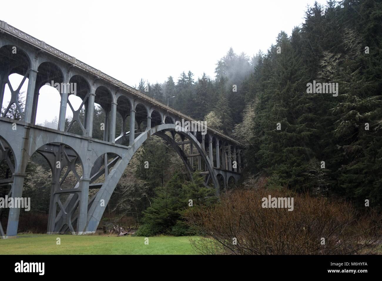 Das Kap Creek Bridge in Florenz, Oregon, USA. Stockbild