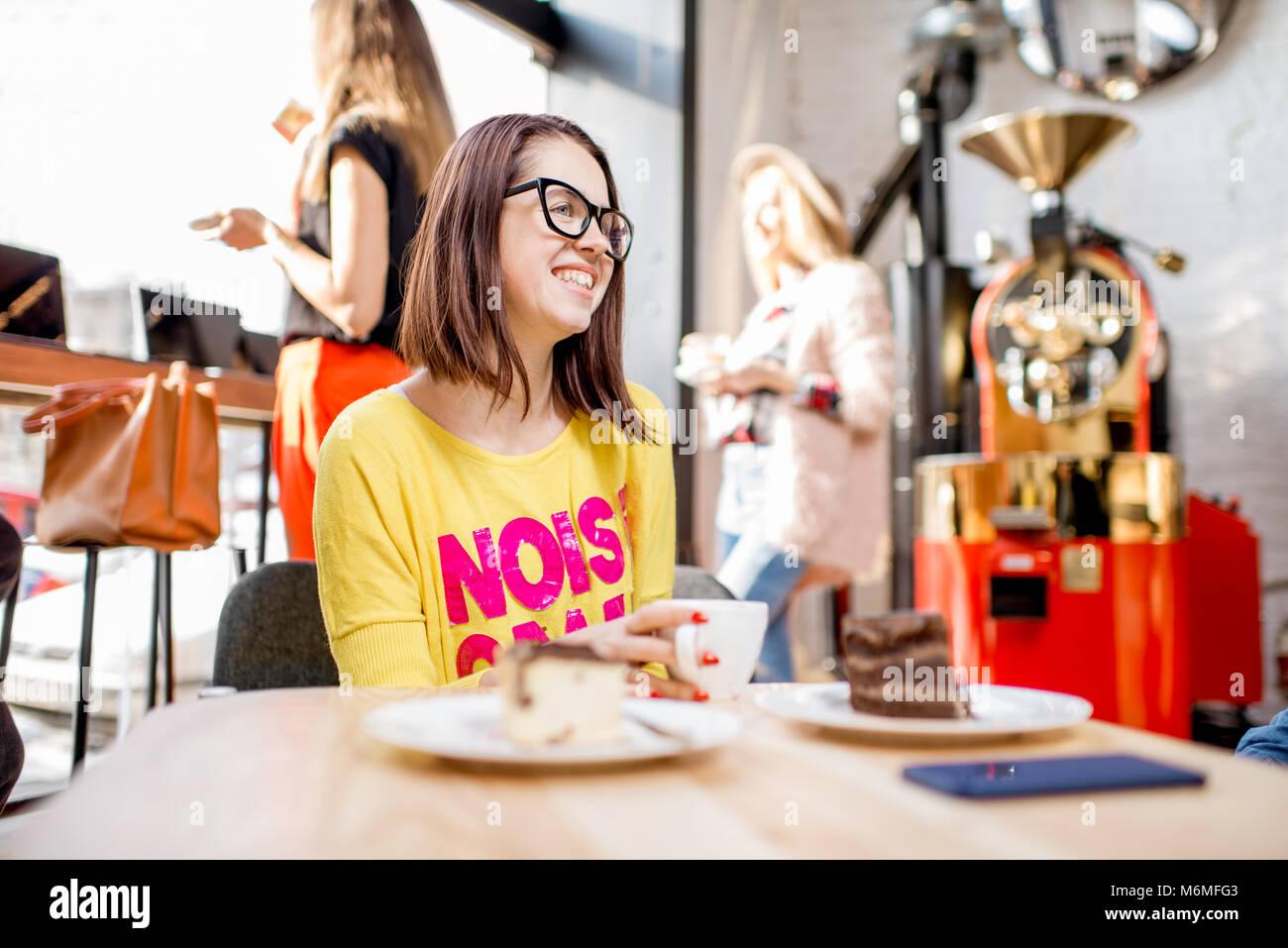 Freunde im Cafe Stockbild
