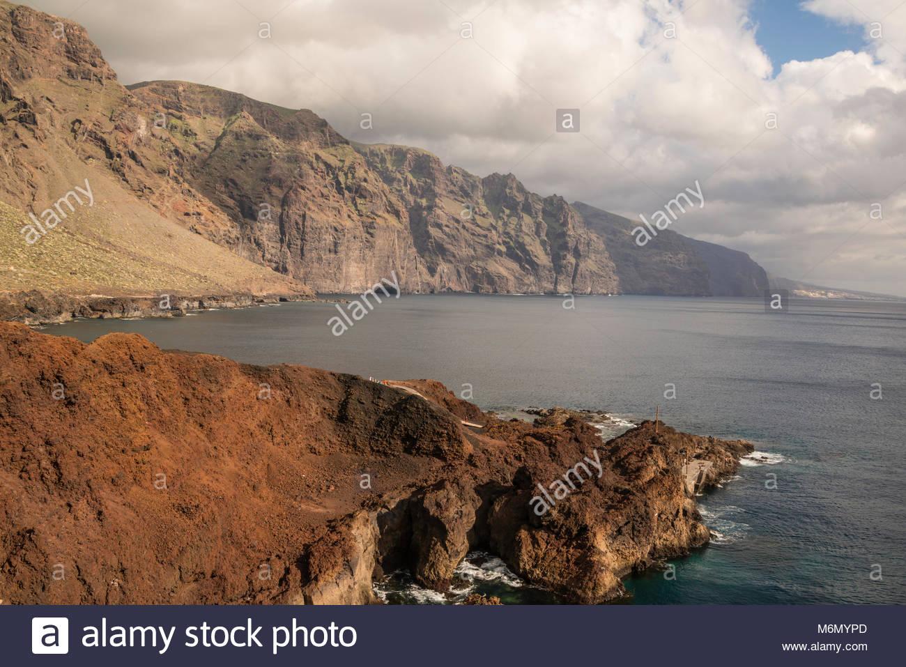 Blick auf Los Gigantes Teneriffa von Punta del Teno Stockbild